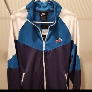 "Nike Loose Fit Windrunner Jacket ""NEW"""